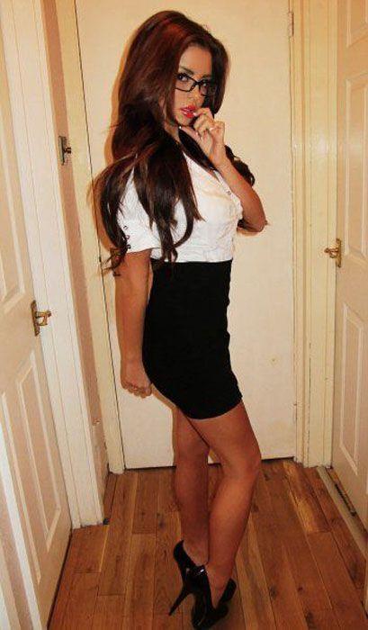 Pretty Girls in Tight Dresses. Part 6 (52 pics)