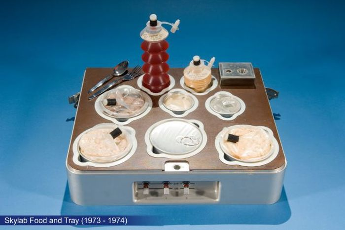 Space Food from the Last 50 Years (9 pics)