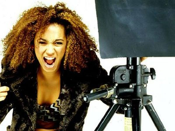 Mel B. Can't Keep Her Mouth Shut (50 pics)