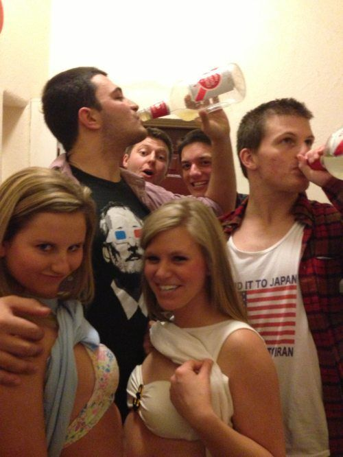 I Miss College. Part 4 (57 pics)