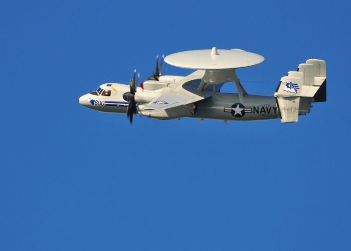 Photos of E-2C Hawkeye (34 pics)