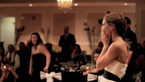 Heartwarming Bride's Dance in Loving Memory of Her Dad