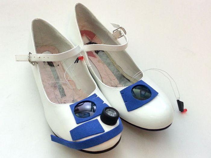 R2D2 Heels (21 pics)