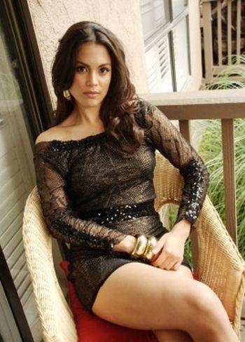 Raquel Pomplun's Hottest Pictures (25 pics)
