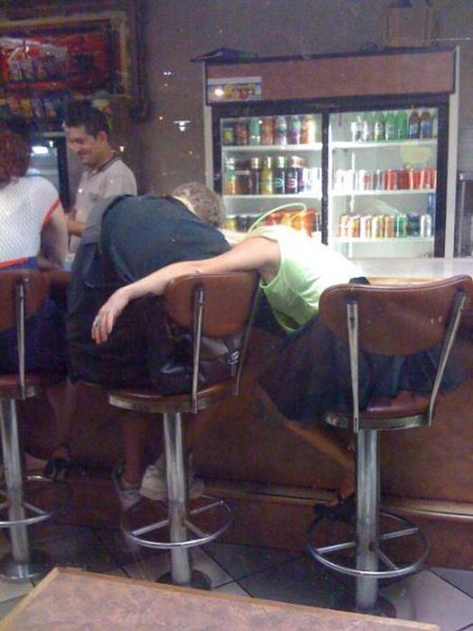 Drunk People. Part 2 (63 pics)