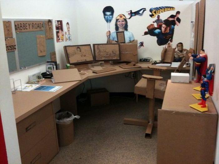 Nice Office Prank (14 pics)