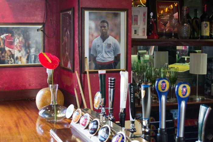 London Fan Pubs. Part 2 (25 pics)