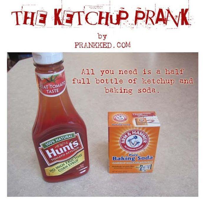 The Ketchup Prank (6 pics)