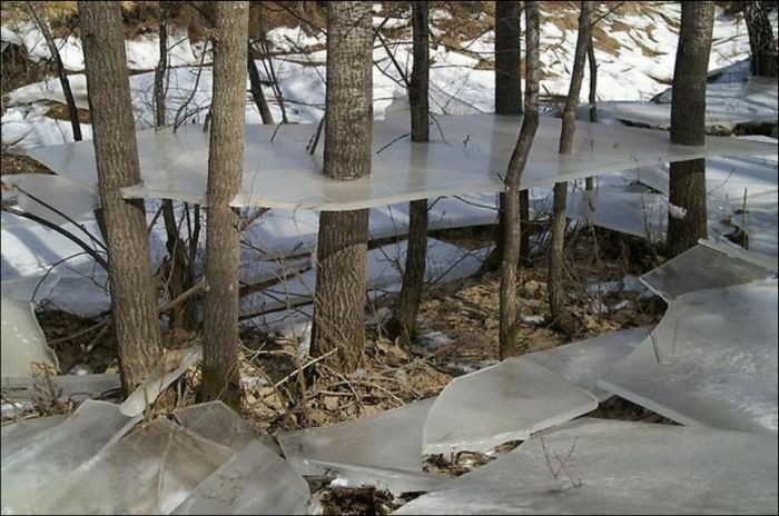 Aftermath of a Winter Flood (3 pics)