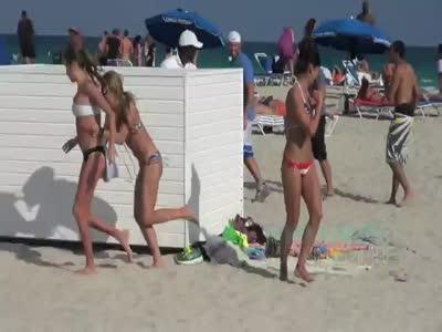 Funny Snake Prank on The Beach