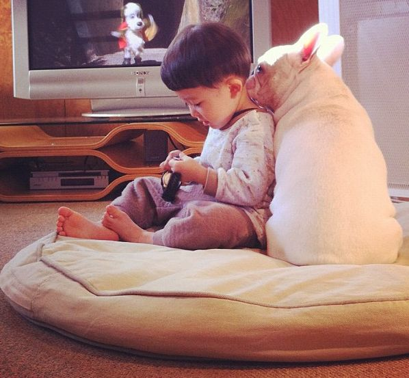 Best Friends (9 pics)