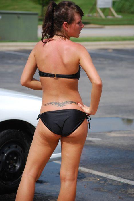 Bikini girls and cars