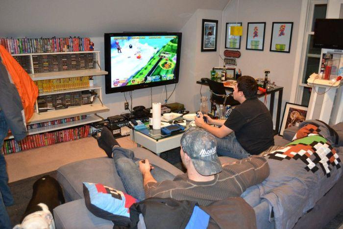 Gaming Room (18 pics)
