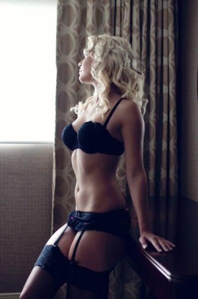 Beautiful Lingerie Girls (66 pics)