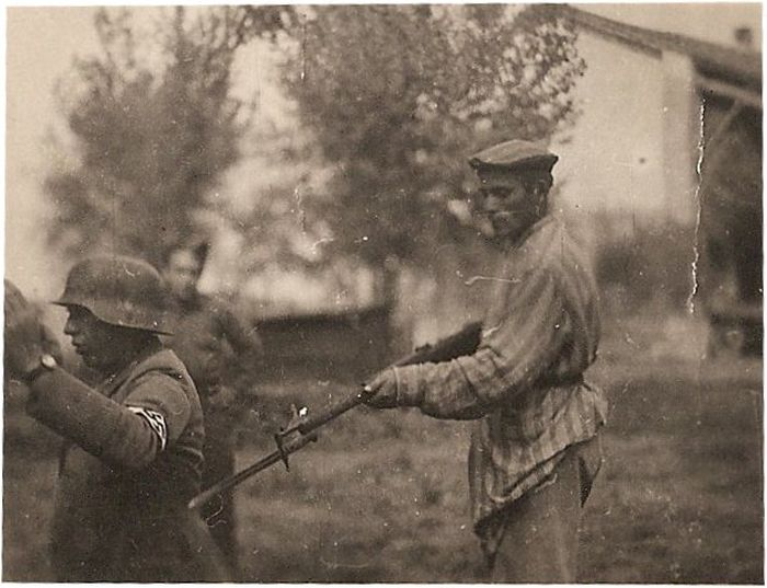 Historical Photos (22 pics)