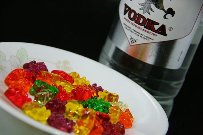 Vodka Gummy Bears (7 pics)