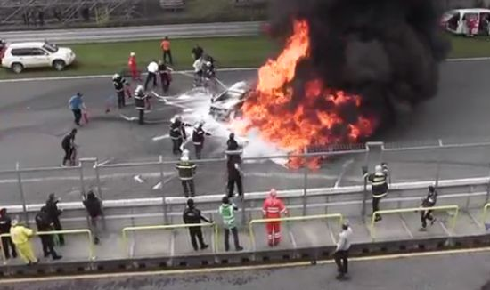 Driver Has Been Saved From Burning Lamborghini