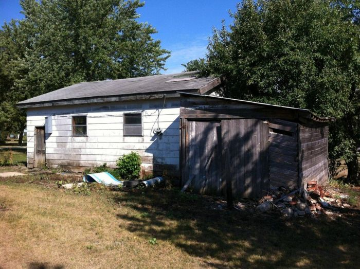 Nasty House (35 pics)
