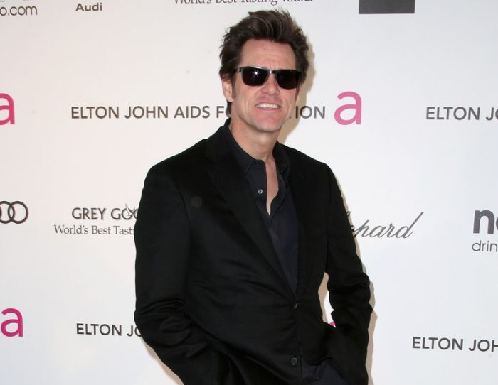 Jim Carrey at the 2013 Oscar Party (5 pics)