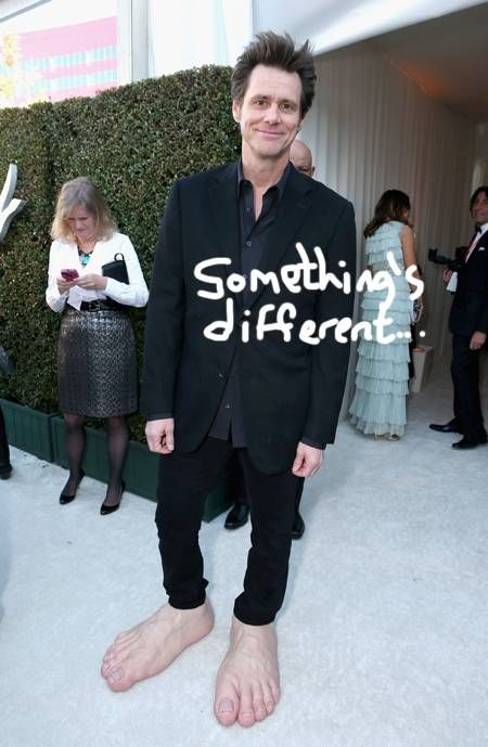 Jim Carrey at the 2013 Oscar Party (5 pics)