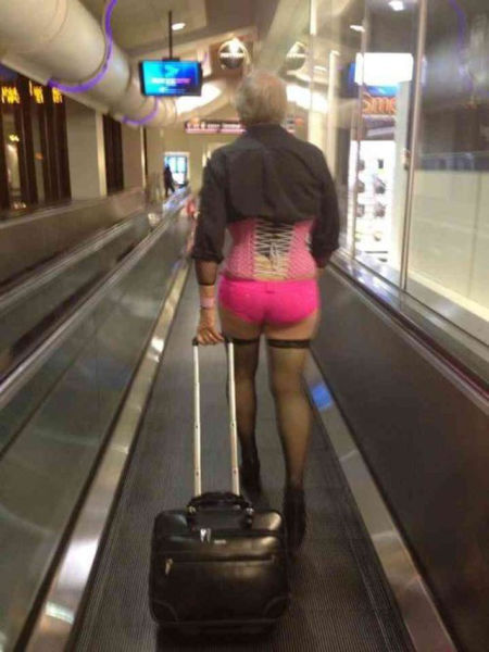 Wardrobe Malfunctions and Funny Clothes (35 pics)