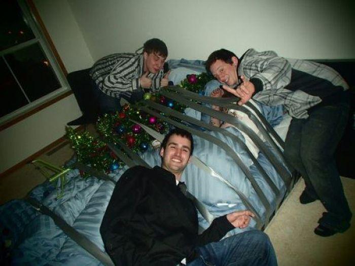 Drunk People Getting Pranked (66 pics)