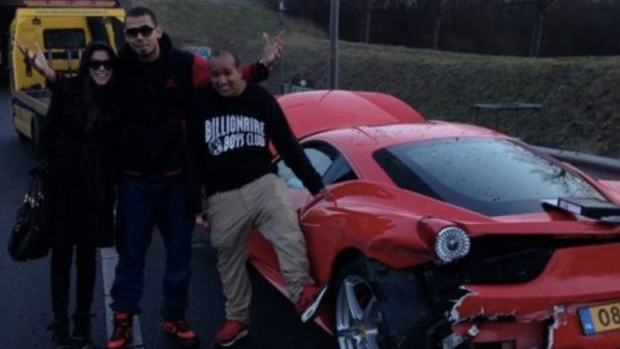 Netherlands' DJ Afrojack Crashed His Ferrari (2 pics)