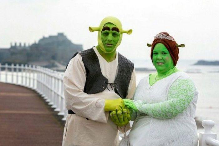 Shrek Wedding (17 pics)