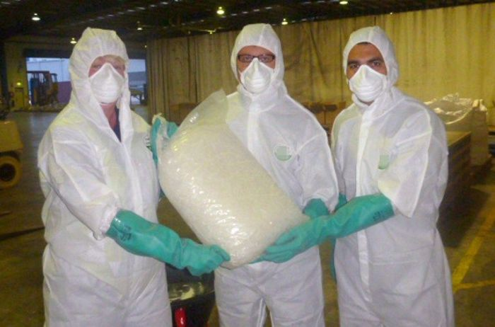 Crystal Meth from China (7 pics)