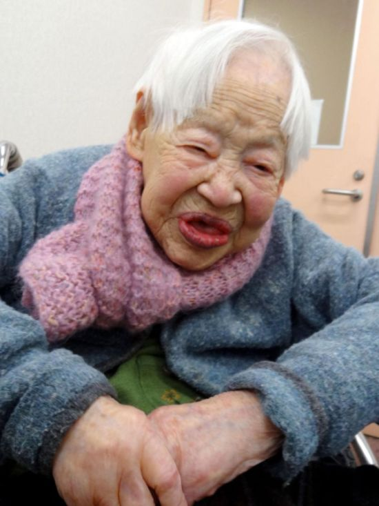 World's Oldest Woman Misao Okawa (6 pics)