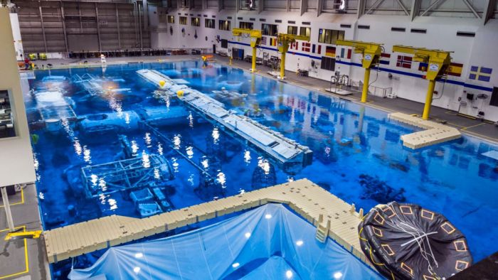 NASA's Pool (23 pics)