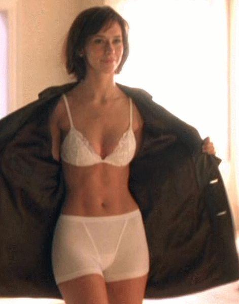 Jennifer Love Hewitt Sexiest Pics 84