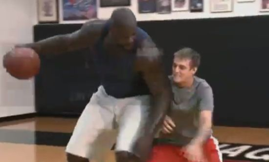 Aaron Carter Playing Basketball vs Shaq