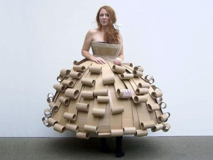 People Who Wear Strange Things (50 pics)