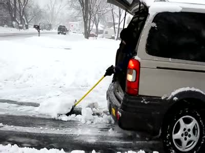 Lazy Guy Cleans Snow