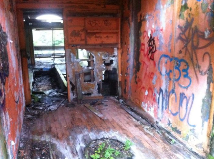 Abandoned Seminary (28 pics)