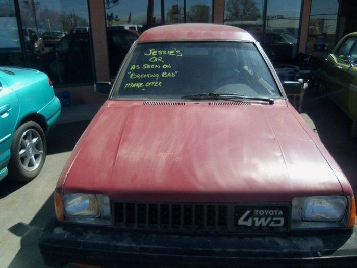"Jesse Pinkman's Car From ""Breaking Bad"" (3 pics)"