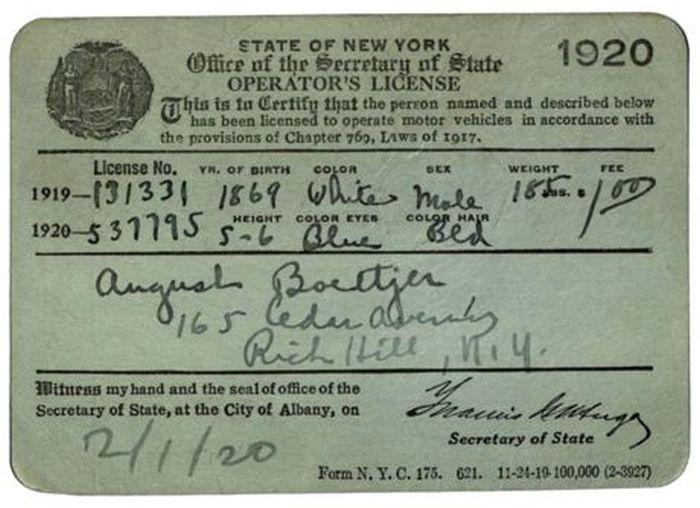 Evolution of the New York Driver's License (40 pics)