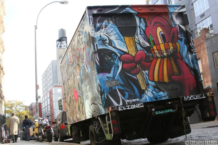 Graffiti Vans And Trucks (28 pics)