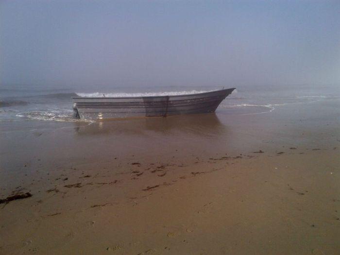 Pot Boat (2 pics)