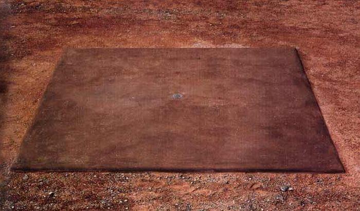 Walter De Maria's Vertical Earth Kilometer (6 pics)