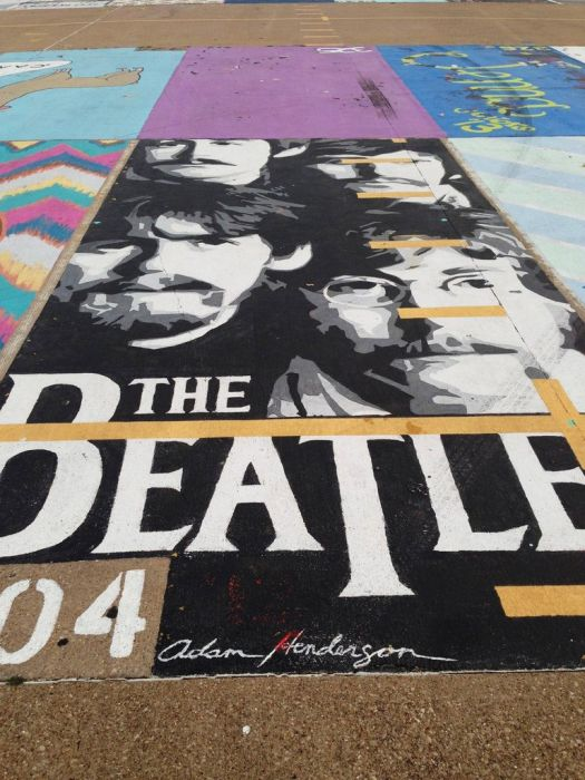Beatles Parking Spot (16 pics)