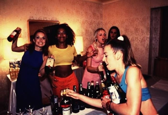 "The ""Spice World"" Drinking Game (8 pics)"