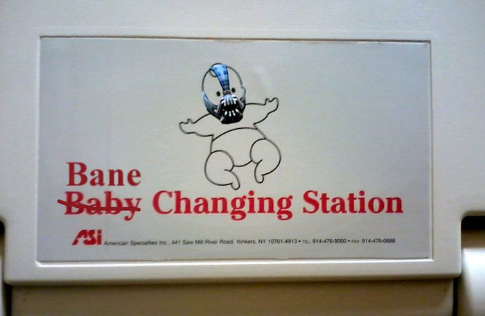 Funny Baby Changing Station Graffiti (23 pics)