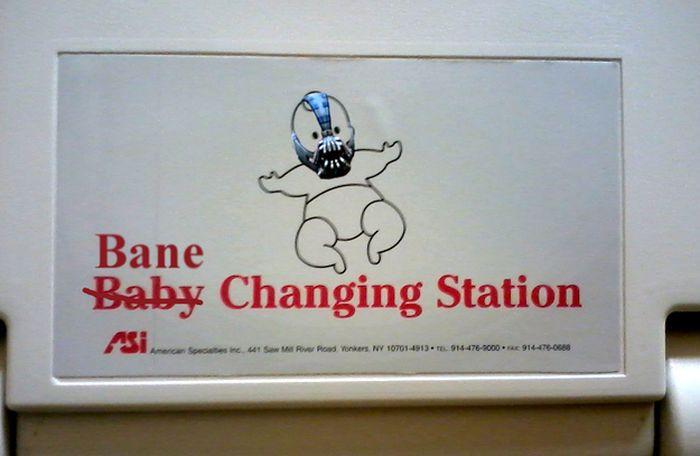 Funny Baby Changing Station Graffiti (23 pics)