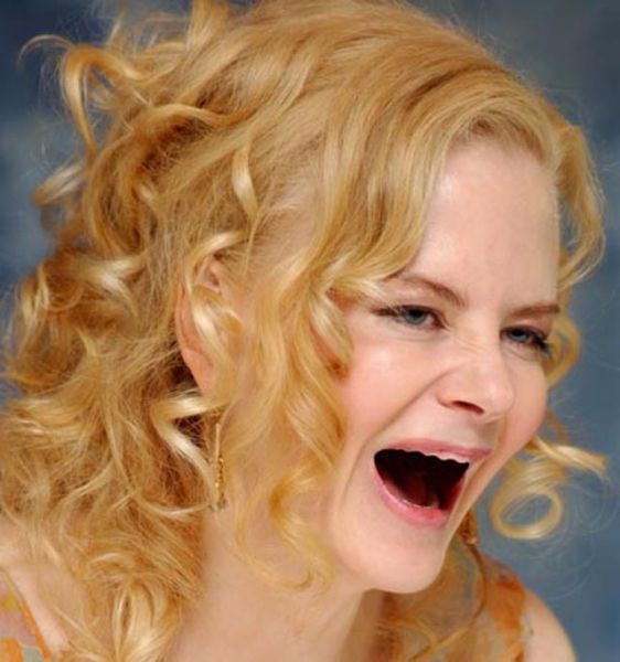 ¿ Si le sacamos los dientes a las famosas ? Actresses_without_teeth_just_too_freaky_for_words_17