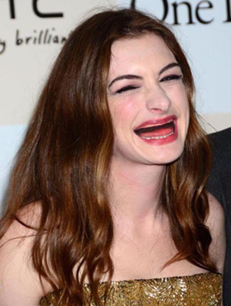 ¿ Si le sacamos los dientes a las famosas ? Actresses_without_teeth_just_too_freaky_for_words_18