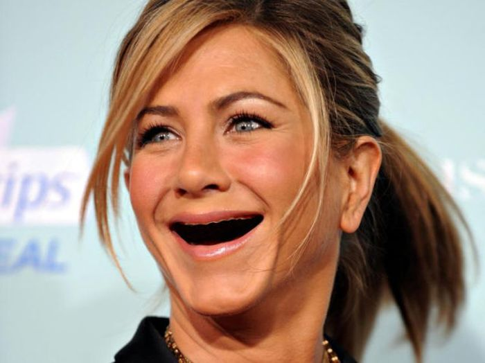 ¿ Si le sacamos los dientes a las famosas ? Actresses_without_teeth_just_too_freaky_for_words_37