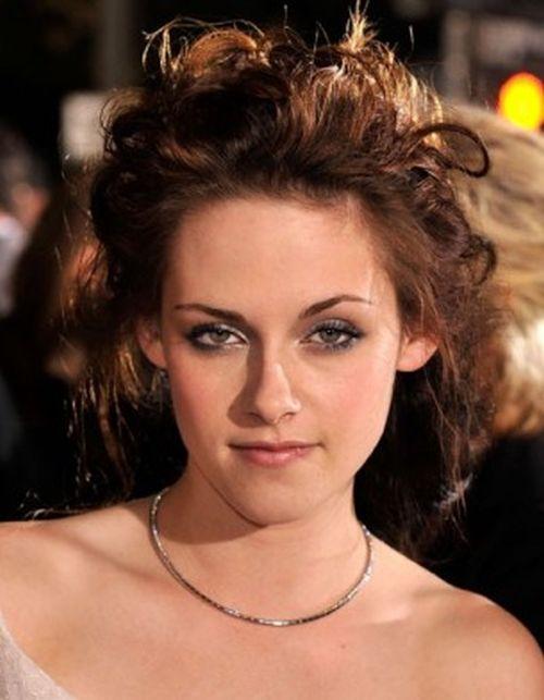 Kristen Stewart Aging Timeline (14 pics)
