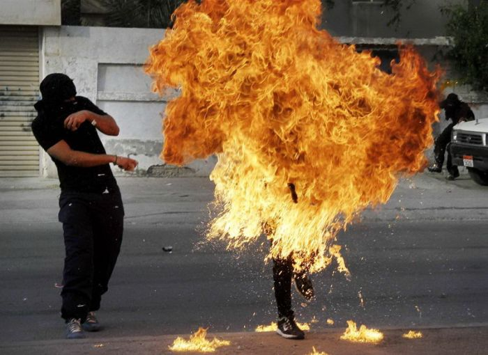 Molotov Cocktail Fail (8 pics)